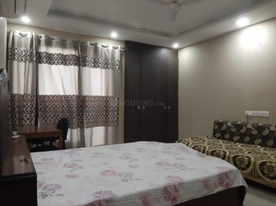 Gallery Cover Image of 1300 Sq.ft 3 BHK Apartment for buy in Surya Apartment Pocket A 11, Kalkaji for 9000000