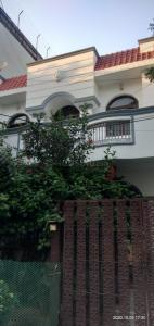 Gallery Cover Image of 1760 Sq.ft 3 BHK Independent House for rent in Sector 49 for 25000