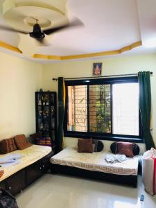 Gallery Cover Image of 1050 Sq.ft 2 BHK Apartment for buy in Kalwa for 8200000