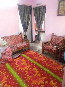 Gallery Cover Image of 900 Sq.ft 2 BHK Independent Floor for rent in Byculla for 35000