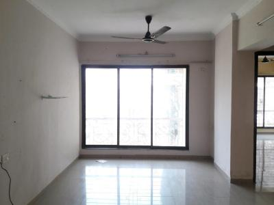 Gallery Cover Image of 1000 Sq.ft 2 BHK Apartment for rent in Malad East for 40000