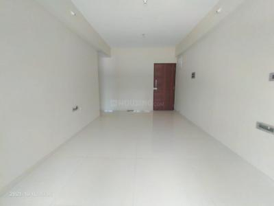 Gallery Cover Image of 600 Sq.ft 1 BHK Apartment for rent in Sugee Preksha, Dadar East for 47000
