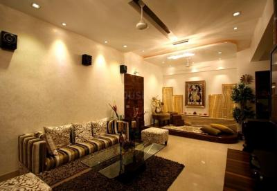 Gallery Cover Image of 1650 Sq.ft 3 BHK Apartment for buy in Malad West for 36000000