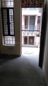 Gallery Cover Image of 450 Sq.ft 1 RK Apartment for rent in Noida Authority Ews Flats, Sector 99 for 5000