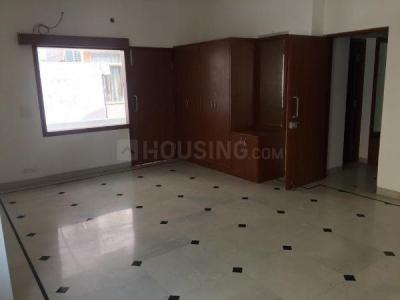 Gallery Cover Image of 9500 Sq.ft 8 BHK Villa for rent in Sector 15A for 280000