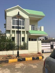 Gallery Cover Image of 8000 Sq.ft 4 BHK Independent House for buy in Tarnaka for 32000000