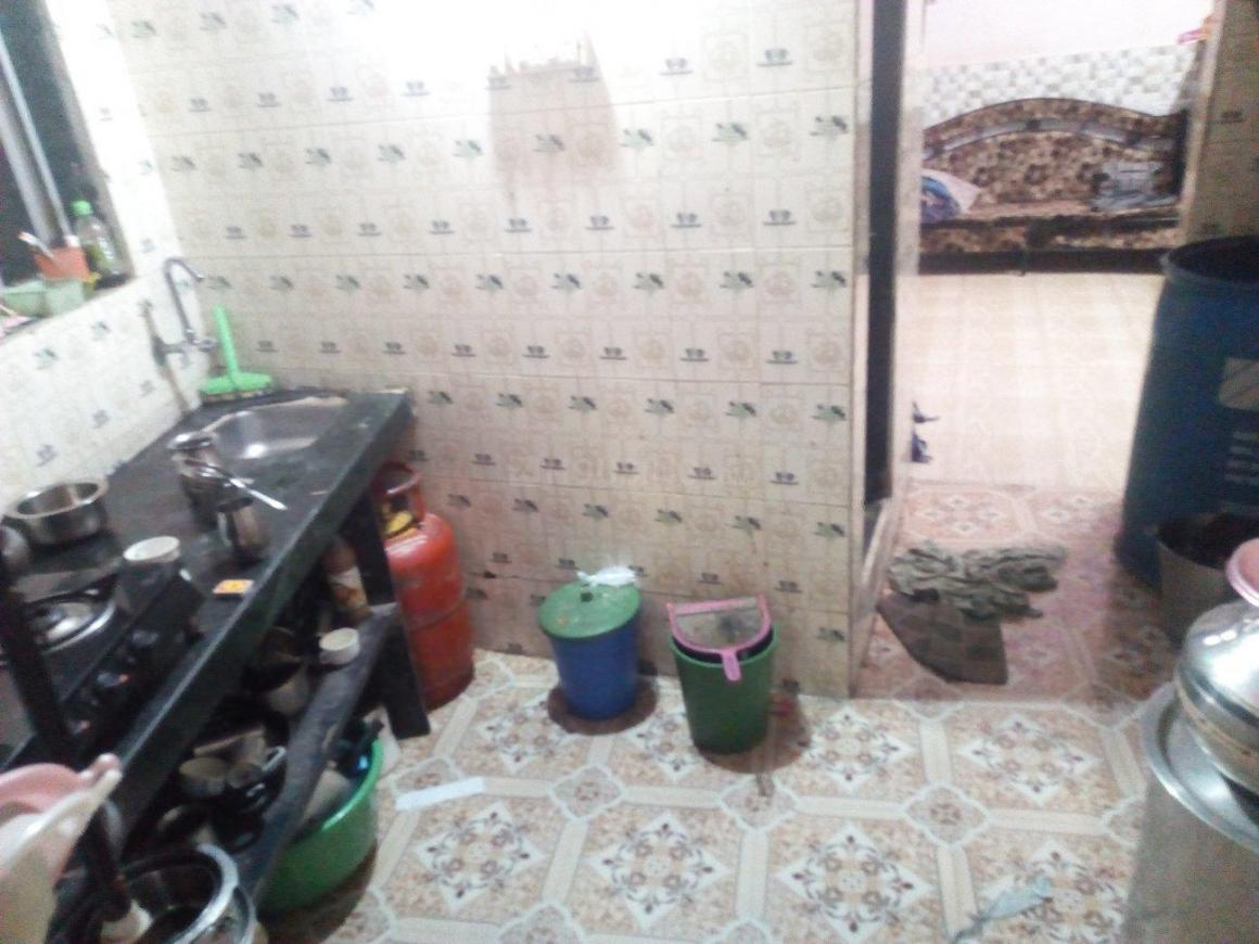 Kitchen Image of 480 Sq.ft 1 BHK Independent House for buy in Khar West for 6500000