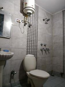 Bathroom Image of Iconic PG in Uttam Nagar