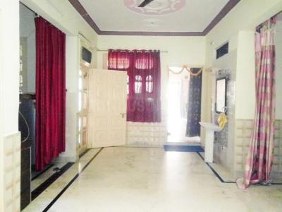 Gallery Cover Image of 1500 Sq.ft 3 BHK Apartment for rent in Sector 15 for 35000