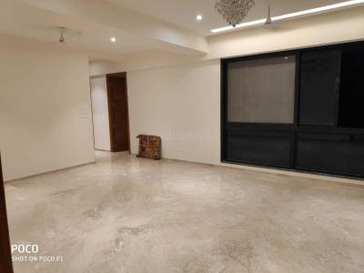 Gallery Cover Image of 1500 Sq.ft 3 BHK Apartment for rent in Bandra West for 140000