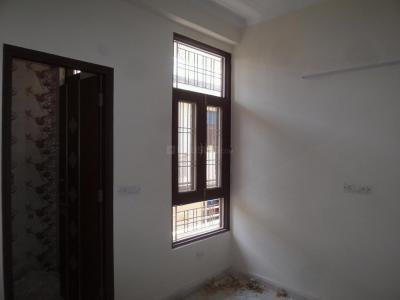 Gallery Cover Image of 900 Sq.ft 3 BHK Apartment for buy in Sector 3 for 4800000