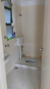 Bathroom Image of 767 Sq.ft 2 BHK Apartment for buy in Shrachi Greenwood Sonata, Rajarhat for 5100000