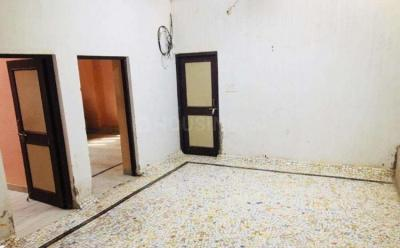 Gallery Cover Image of 1500 Sq.ft 3 BHK Independent Floor for rent in Khema-Ka-Kuwa for 16000