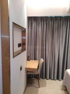 Gallery Cover Image of 1150 Sq.ft 2 BHK Apartment for buy in Malad East for 16500000