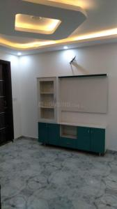 Gallery Cover Image of 600 Sq.ft 2 BHK Independent Floor for buy in Dwarka Mor for 2400000