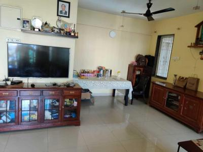 Gallery Cover Image of 1000 Sq.ft 2 BHK Apartment for rent in Mulund East for 35000
