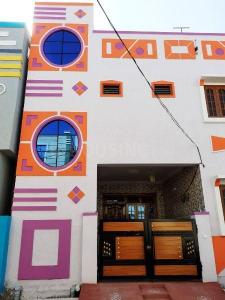 Gallery Cover Image of 900 Sq.ft 1 BHK Independent House for rent in Ramachandra Puram for 7200