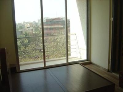 Gallery Cover Image of 2160 Sq.ft 4 BHK Apartment for rent in Juhu for 200000