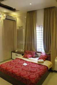 Gallery Cover Image of 950 Sq.ft 2 BHK Apartment for buy in Porur for 5700000