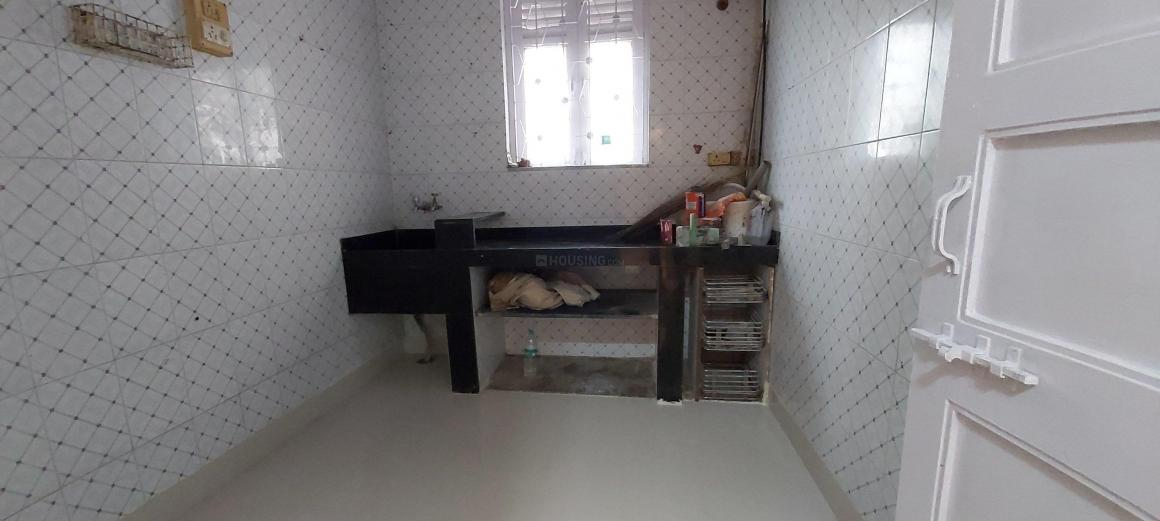 Kitchen Image of 600 Sq.ft 1 BHK Apartment for rent in Malad West for 26000