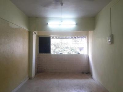 Gallery Cover Image of 950 Sq.ft 2 BHK Apartment for buy in Andheri West for 19500000