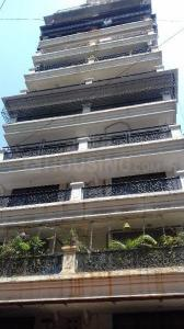 Gallery Cover Image of 1100 Sq.ft 2 BHK Apartment for rent in Juhu for 78000