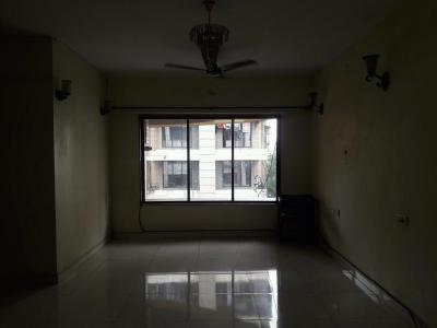 Gallery Cover Image of 1325 Sq.ft 3 BHK Apartment for buy in Malad East for 23000000