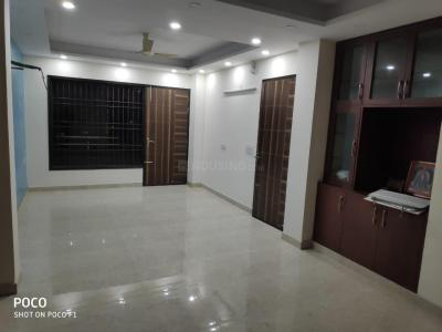 Gallery Cover Image of 2100 Sq.ft 3 BHK Independent Floor for rent in Sector 52 for 30000