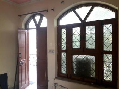 Gallery Cover Image of 220 Sq.ft 1 RK Apartment for rent in Sector 22 for 7000