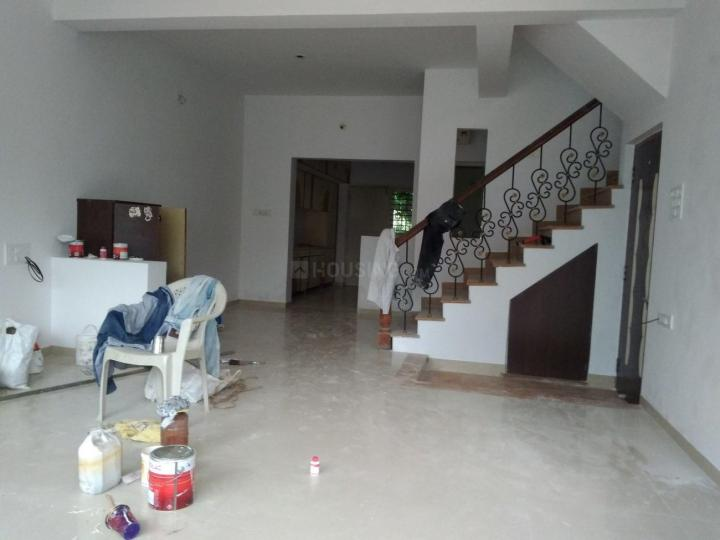 Living Room Image of 2000 Sq.ft 4 BHK Independent House for rent in Science City for 25000