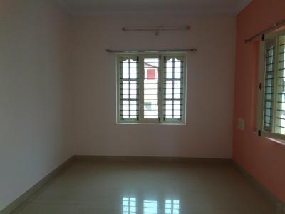 Gallery Cover Image of 1013 Sq.ft 2 BHK Apartment for rent in Murugeshpalya for 23500