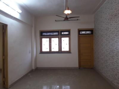 Gallery Cover Image of 850 Sq.ft 2 BHK Apartment for rent in Vile Parle West for 45000