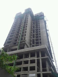 Gallery Cover Image of 925 Sq.ft 2 BHK Apartment for buy in Malad East for 15000000