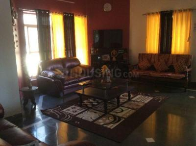 Gallery Cover Image of 2700 Sq.ft 4 BHK Villa for buy in Miraj for 22500000