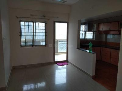 Gallery Cover Image of 1400 Sq.ft 2 BHK Independent Floor for rent in Mahaveer Seasons Apartments, Somasundarapalya for 26000