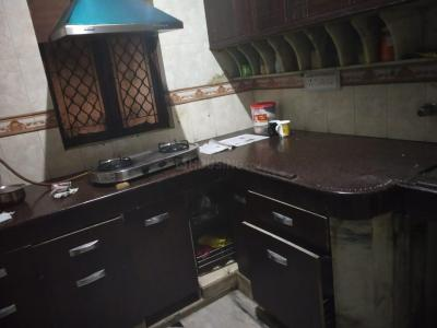 Gallery Cover Image of 200 Sq.ft 1 RK Independent Floor for rent in Shalimar Bagh for 7000