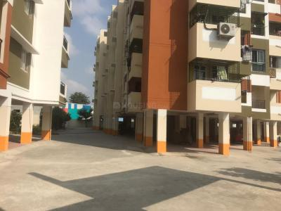 Gallery Cover Image of 800 Sq.ft 2 BHK Apartment for buy in Iyyappanthangal for 4298500