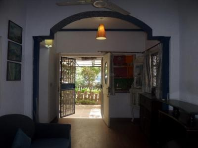 Gallery Cover Image of 1100 Sq.ft 2 BHK Apartment for rent in Vasant Kunj for 33000