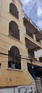 Gallery Cover Image of 661 Sq.ft 1 BHK Apartment for buy in Moosarambagh for 3400000
