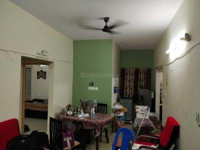 Gallery Cover Image of 830 Sq.ft 2 BHK Apartment for rent in A Square Trinity Park, Thoraipakkam for 16500