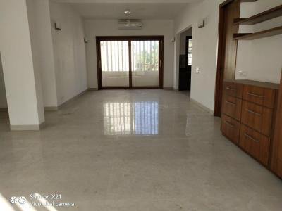 Gallery Cover Image of 2500 Sq.ft 3 BHK Independent Floor for rent in Thiruvanmiyur for 100000