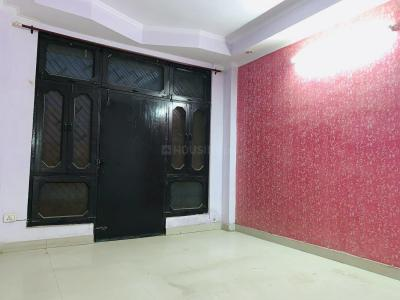 Gallery Cover Image of 250 Sq.ft 4 BHK Independent Floor for rent in Govindpuram for 7000