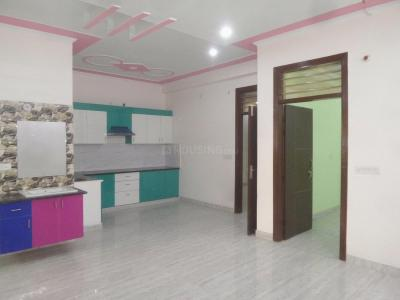 Gallery Cover Image of 1250 Sq.ft 3 BHK Apartment for buy in Shastri Nagar for 3350000