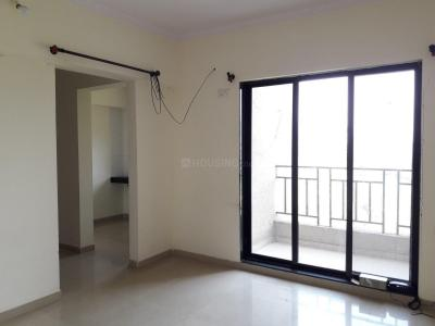 Gallery Cover Image of 607 Sq.ft 1 BHK Apartment for rent in Kalyan West for 7000