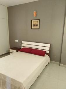Gallery Cover Image of 1518 Sq.ft 3 BHK Apartment for buy in Mannivakkam for 5464000