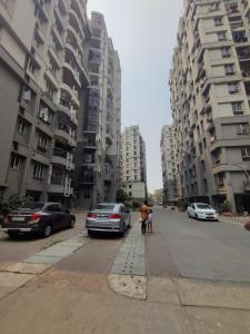 Gallery Cover Image of 1100 Sq.ft 3 BHK Apartment for rent in West Ruchira Residency, Haltu for 24500