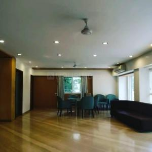 Gallery Cover Image of 5500 Sq.ft 5 BHK Apartment for buy in Juhu for 220000000