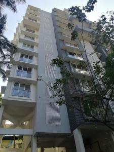 Gallery Cover Image of 550 Sq.ft 1 BHK Apartment for buy in Pentagon Mantri Parijat, Santacruz West for 28000000