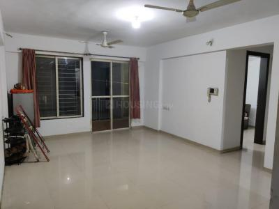 Gallery Cover Image of 1500 Sq.ft 3 BHK Apartment for rent in Wakad for 24000