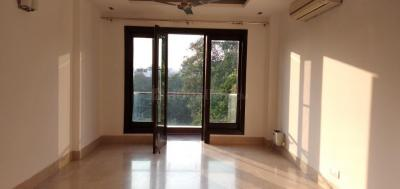 Gallery Cover Image of 1600 Sq.ft 3 BHK Independent Floor for buy in Sarvodaya Enclave for 39000000